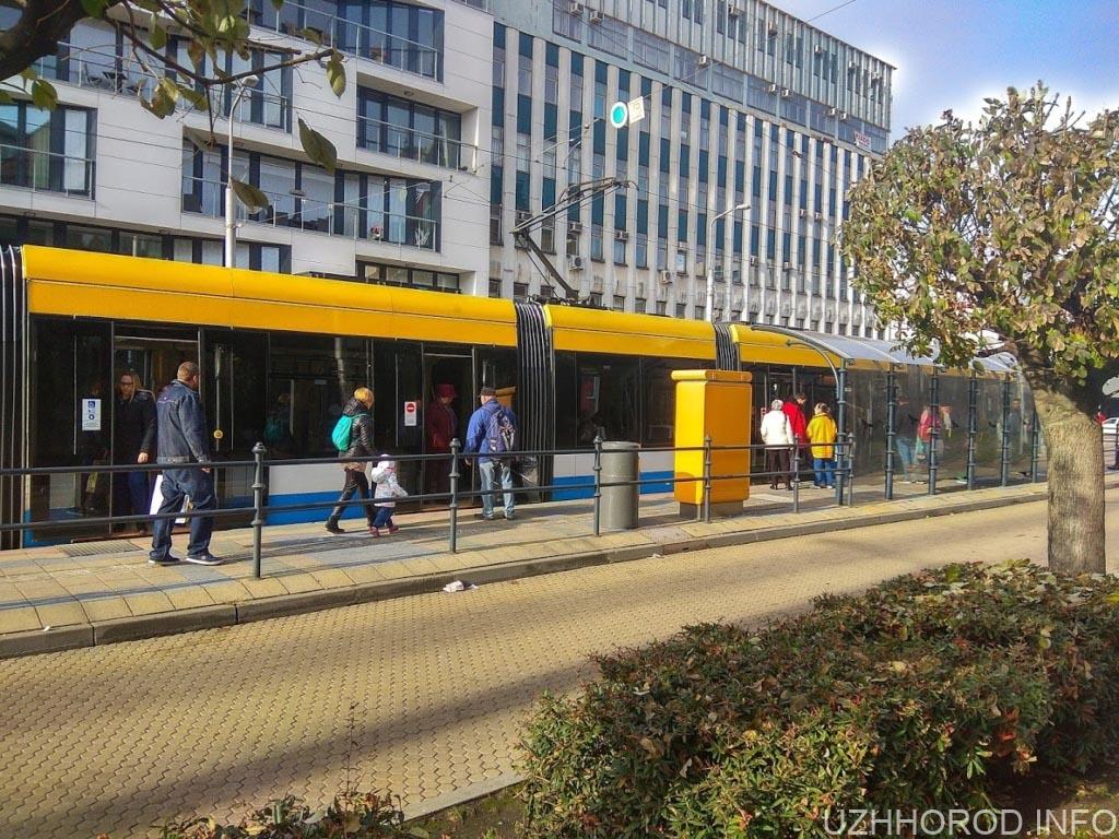 Дебрецен місто трамвай стоянка фото