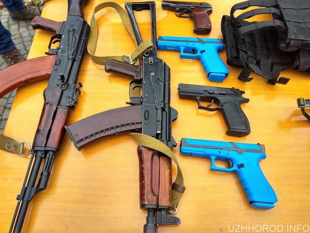 Патрульна поліція зброя фото