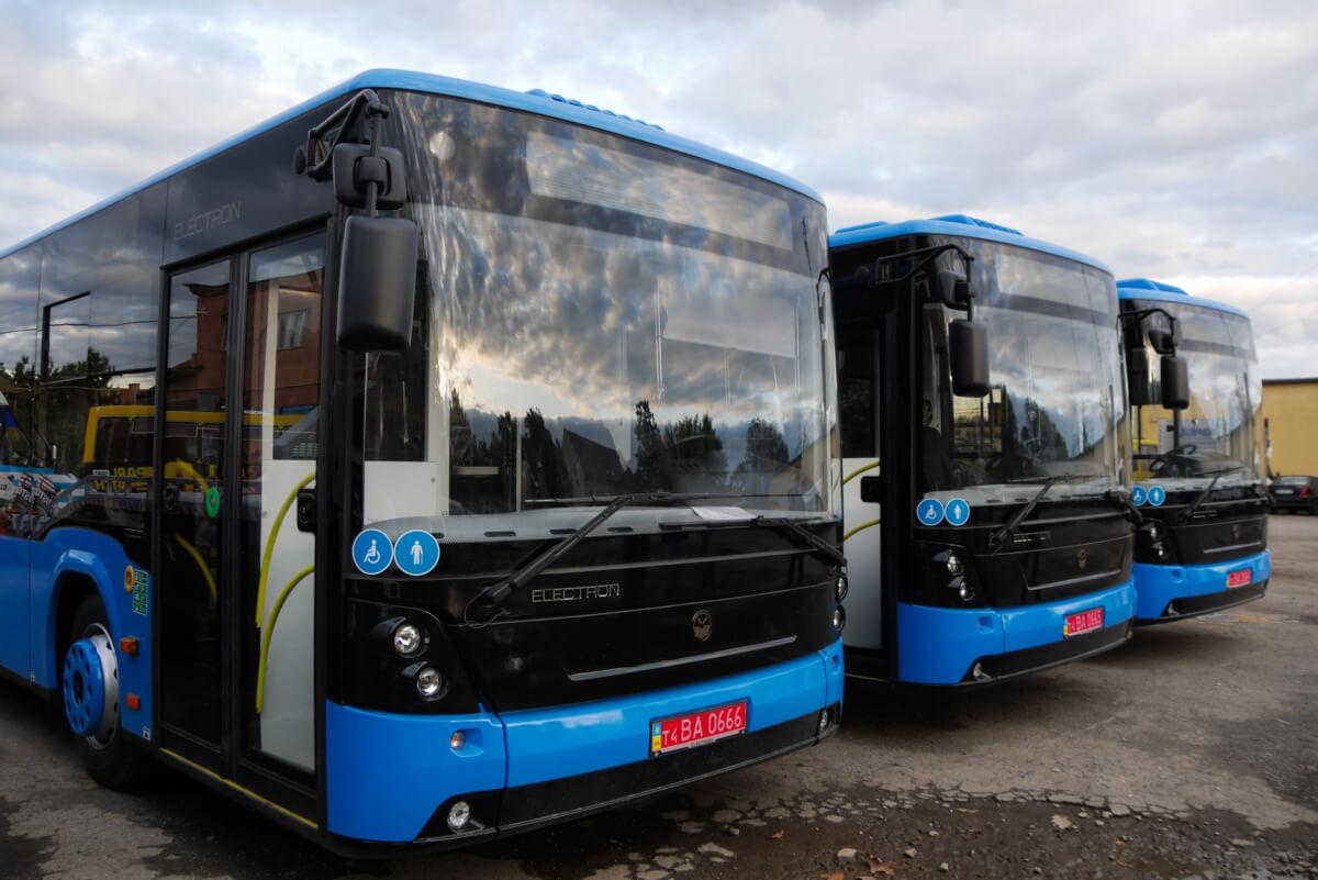 В Ужгороді відзавтра не їздитиме громадський транспорт