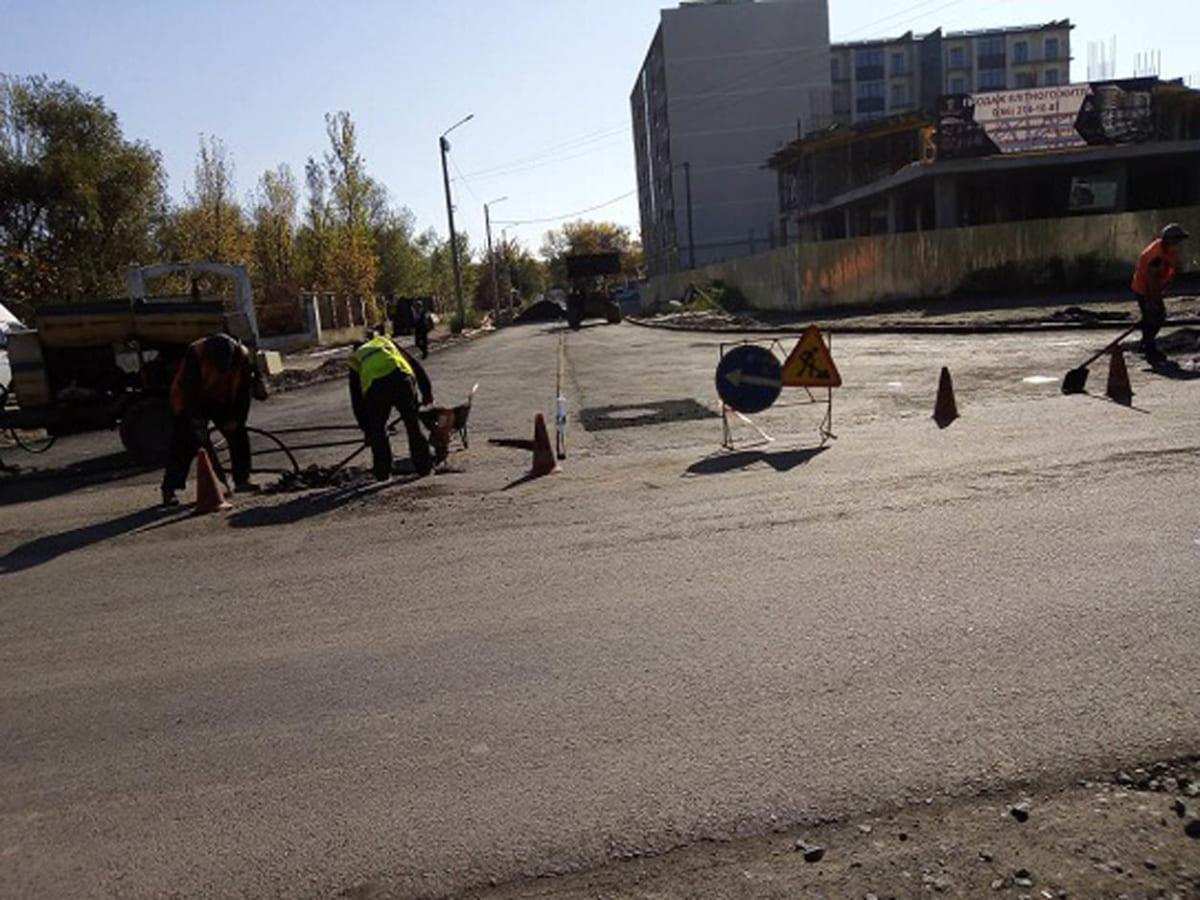 На вулиці Радищева відновлюють покриття