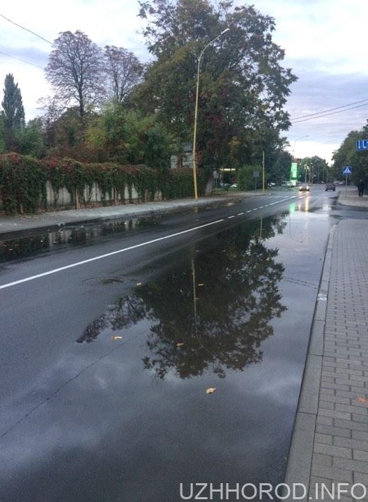 Вулиця за 21 млн. грн. затоплена