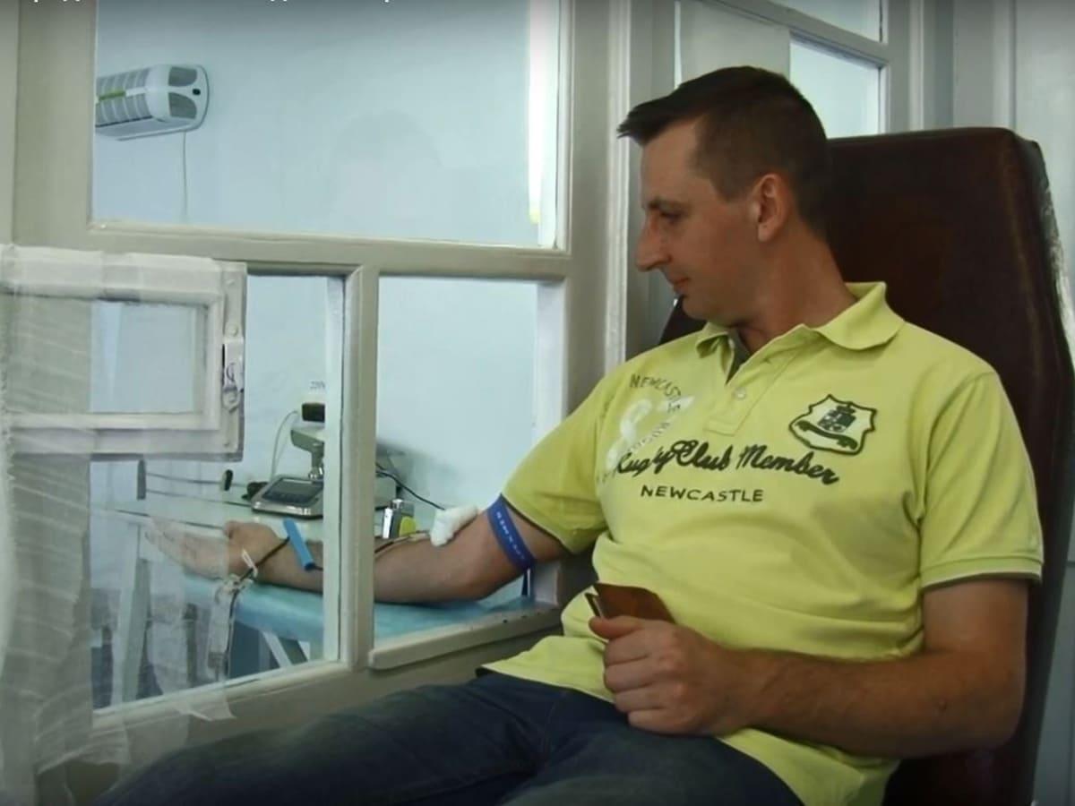донори крові Ужгород фото