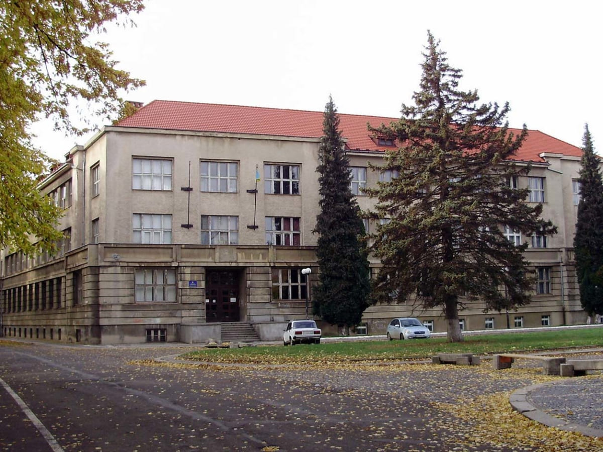 Навчання на медичному факультеті № 2 УжНУ відновили