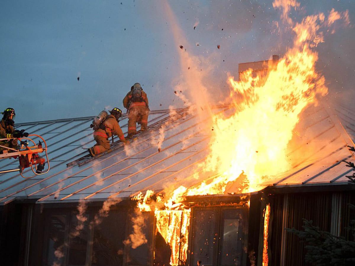 пожежа занедбаний будинок фото