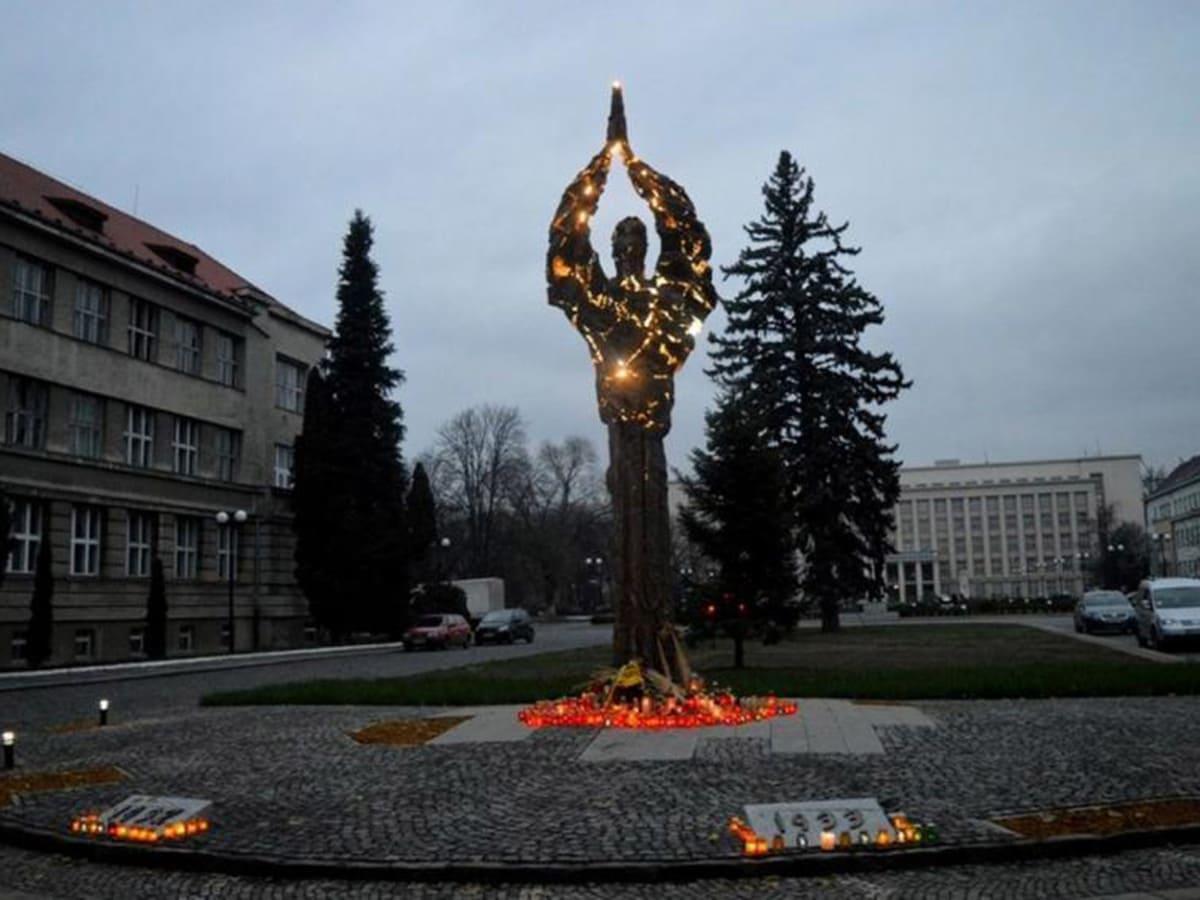 вшанування пам'яті жертв Голодомору фото
