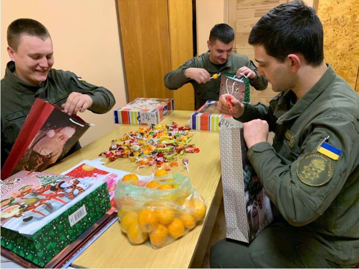 гвардійці Миколай прийшов фото