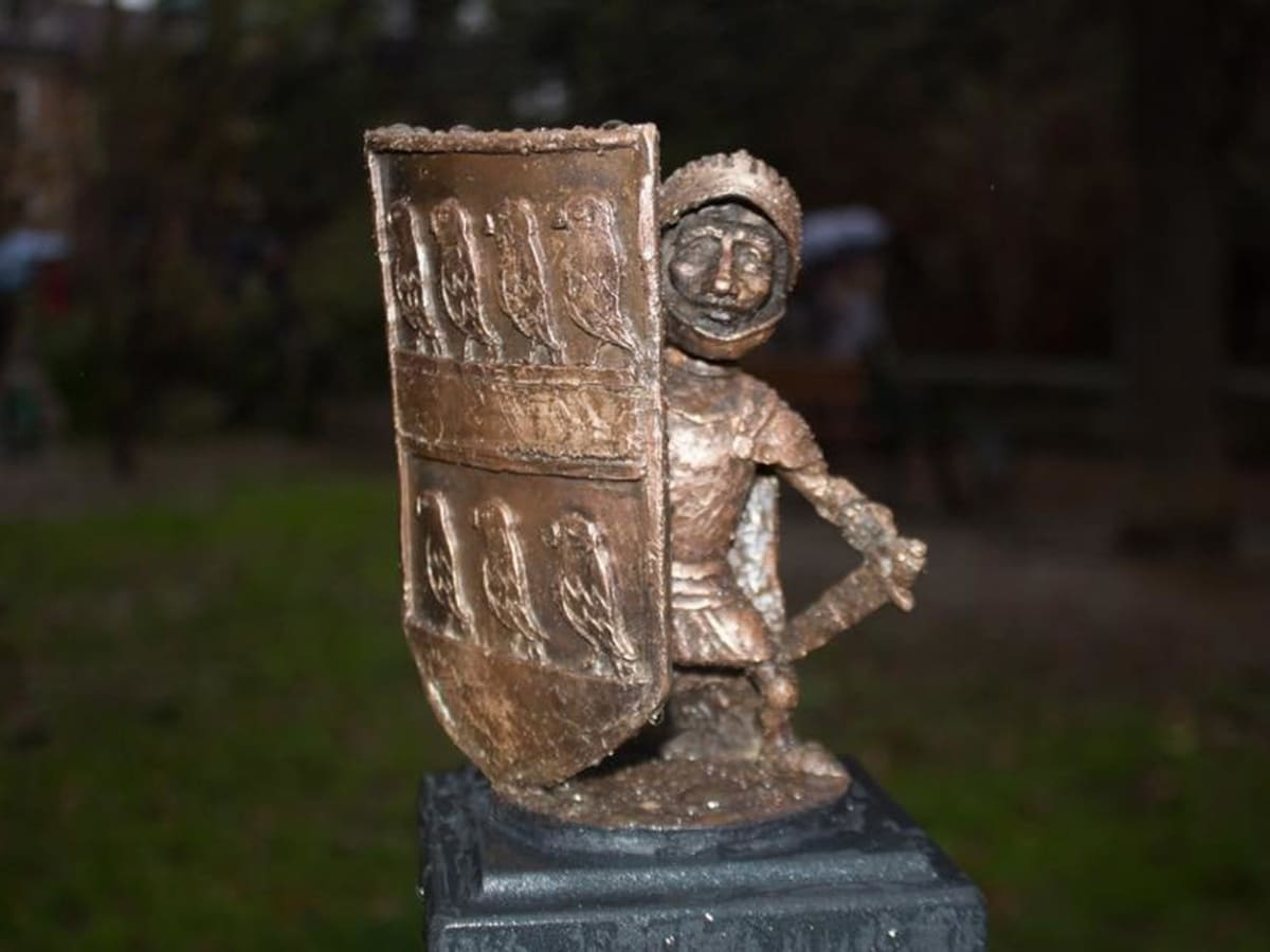 Вже 43: в Ужгороді встановили ще одну міні-скульптурку