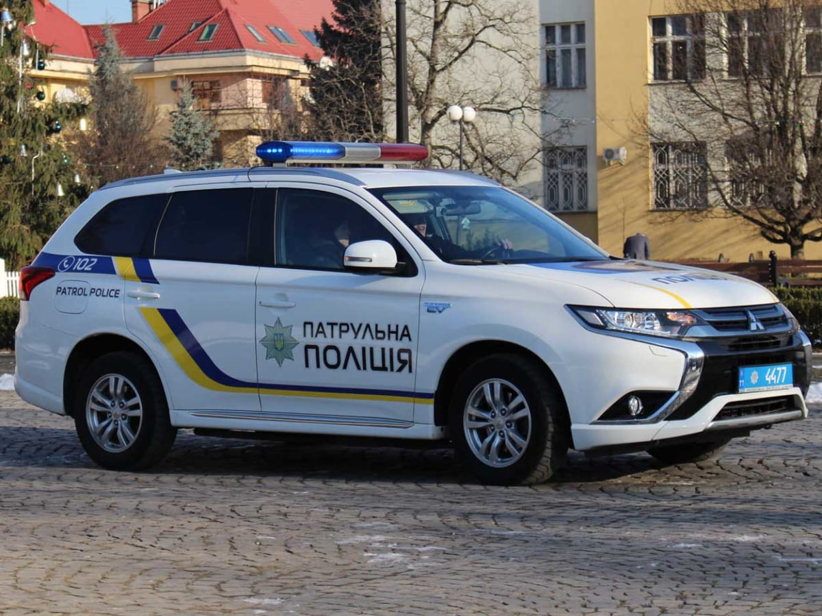 патрульна поліція Ужгород 2 фото
