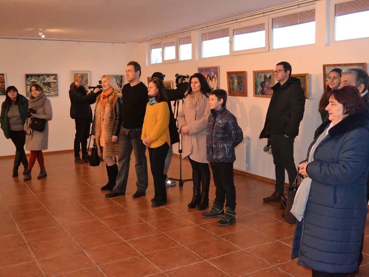 """У скансені відкрилася виставка живописних робіт """"Зимовий настрій"""""""