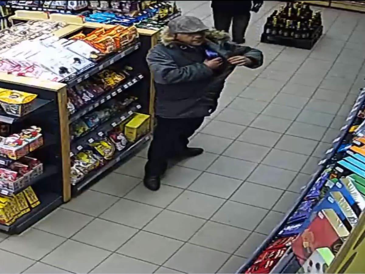 злодій в магазині Кефір фото