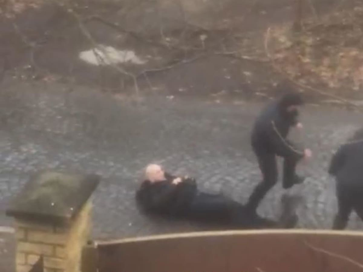 Стрілянина у Мукачеві: є двоє поранених (ФОТО)
