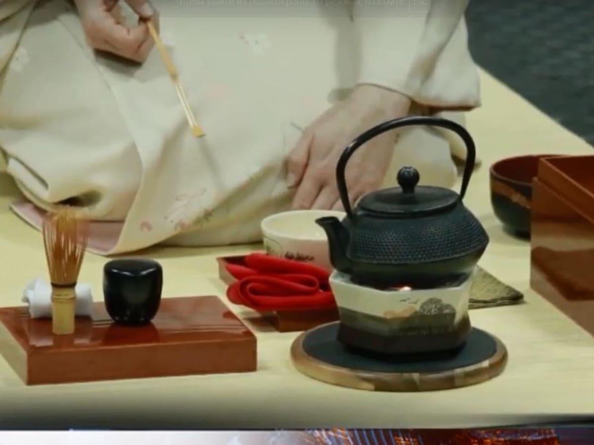 Ужгородці опанували японську чайну церемонію фото