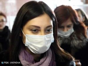 У 19 осіб, які контактували із хворою на корнавірус мукачівкою, підозрюють COVID-19