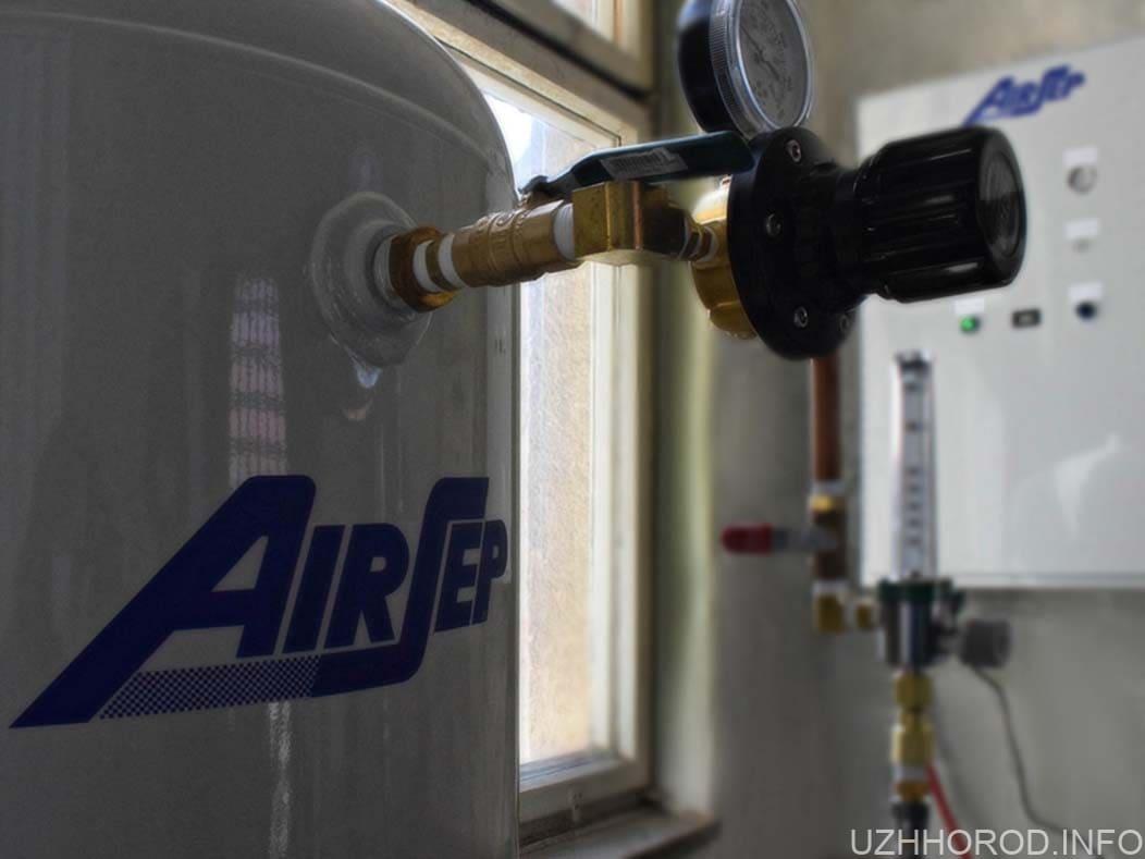 Дитячій лікарні придбали сучасний кисневий генератор фото