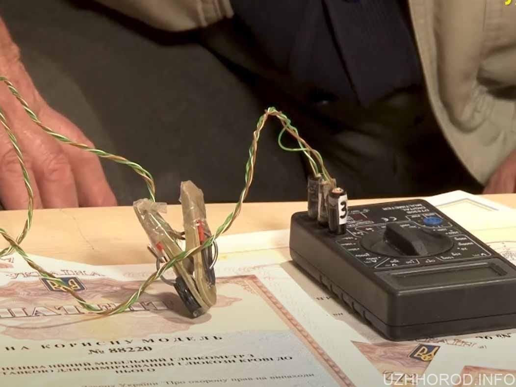 Ужгородський винахідник розробив мобільний глюкометр фото