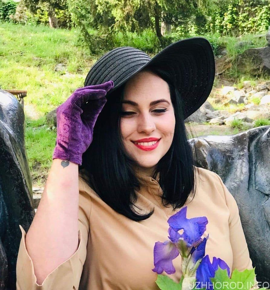 """Фотоконкурс """"Найкрасивіша ужгородка вересня 2020"""" (ФОТО)"""