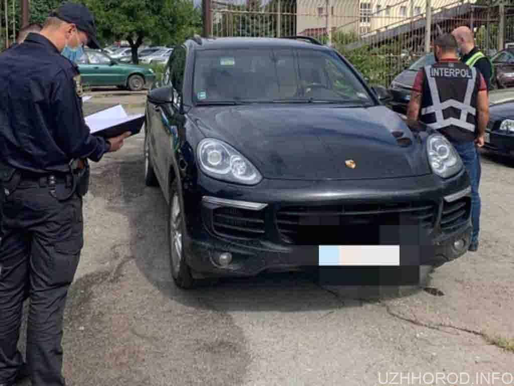 знайшли викрадений із Словаччини Porsche Cayenne фото
