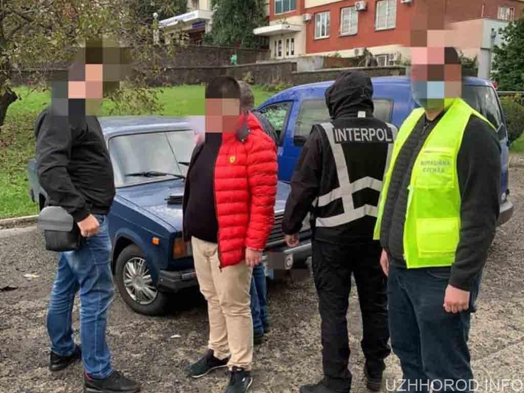 поліція затримала іноземця фото