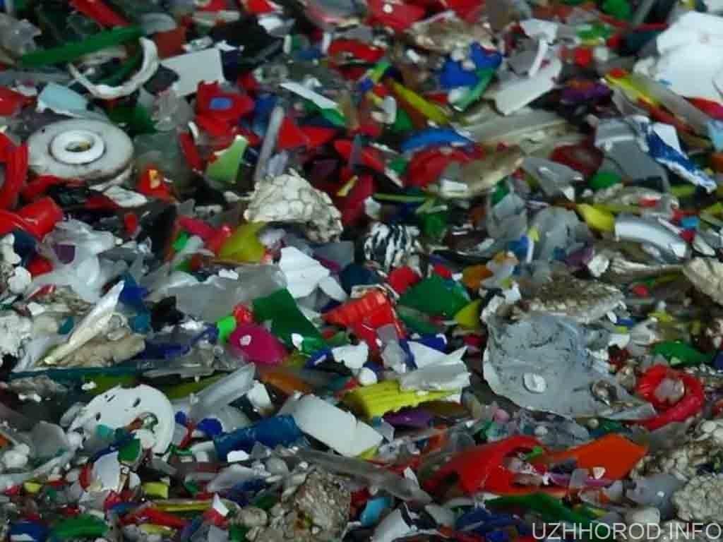 в Ужгороді почали переробляти пластик фото