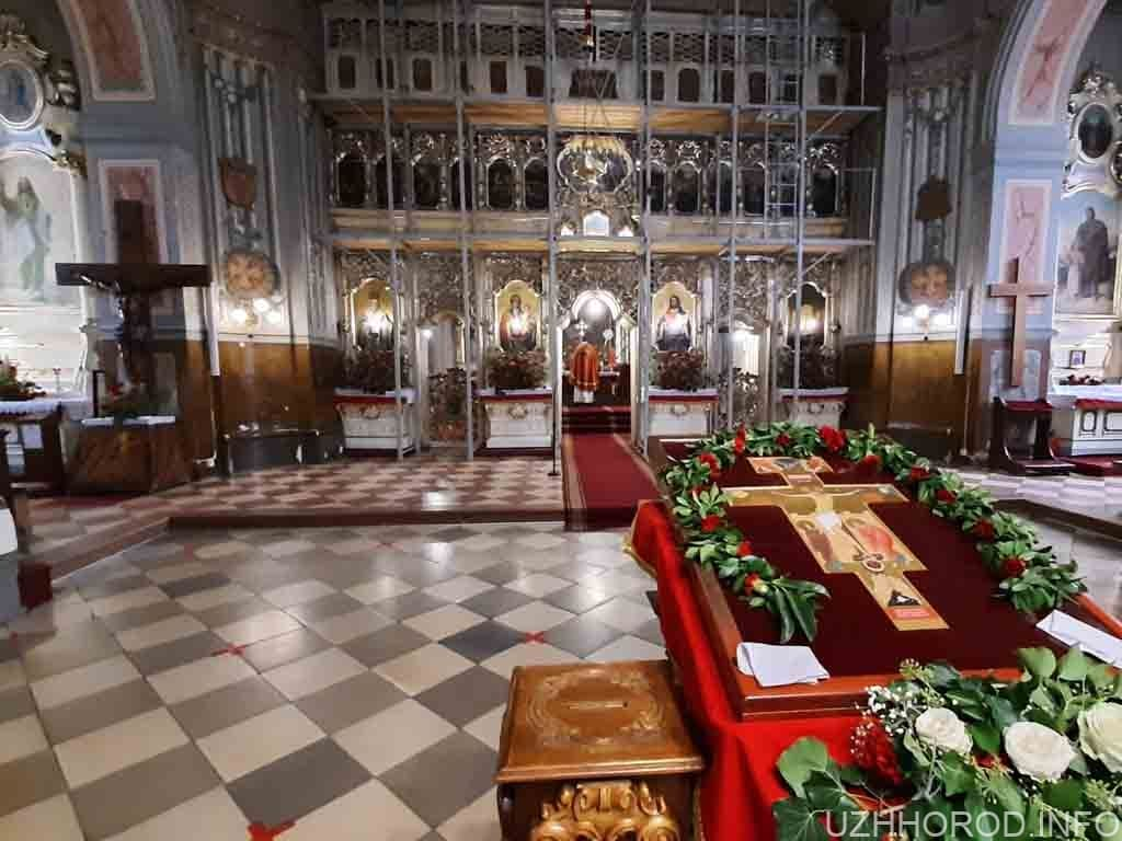 в Ужгороді провели святковий молебень