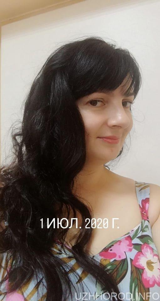 "Фотоконкурс ""Найкрасивіша ужгородка ЛИСТОПАДА 2020"" (ФОТО)"