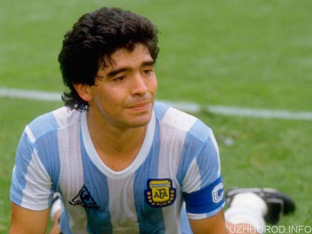 футболіст Дієго Марадона фото
