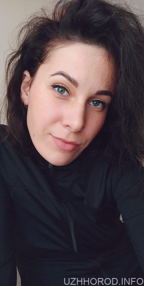 """Фотоконкурс """"Найкрасивіша ужгородка СІЧНЯ 2021"""" (ФОТО)"""