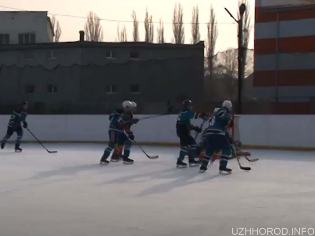 Чемпіонат з хокею триває на Закарпатті (ВІДЕО)