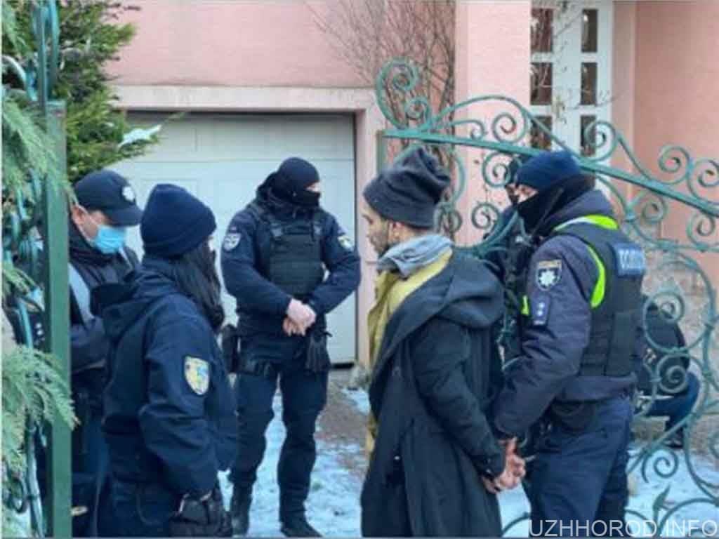 стрілянина приватний сектор Ужгород фото