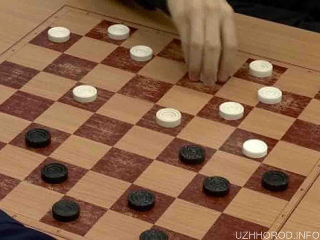 Ужгородка Галина Віхніна перемогла на святковому турнірі з шашок