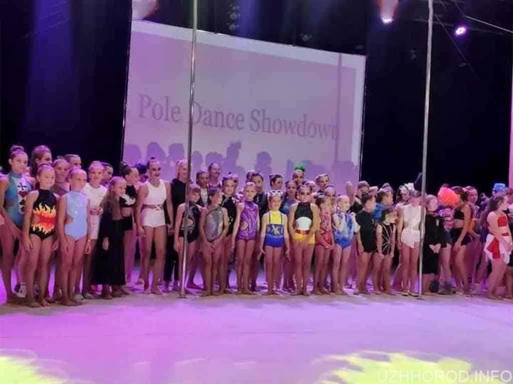 pole dance show фото