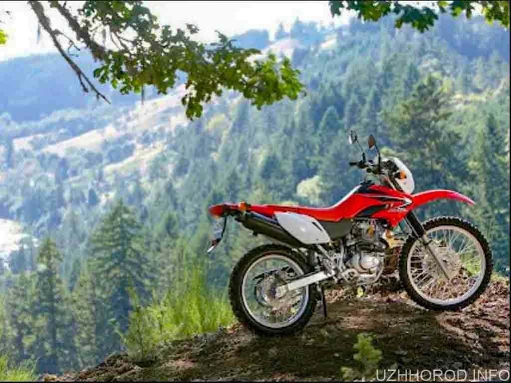 мотоцикл гори природа фото