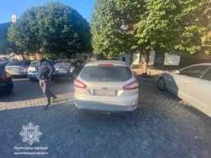 В Ужгороді патрульні шукають очевидців ДТП