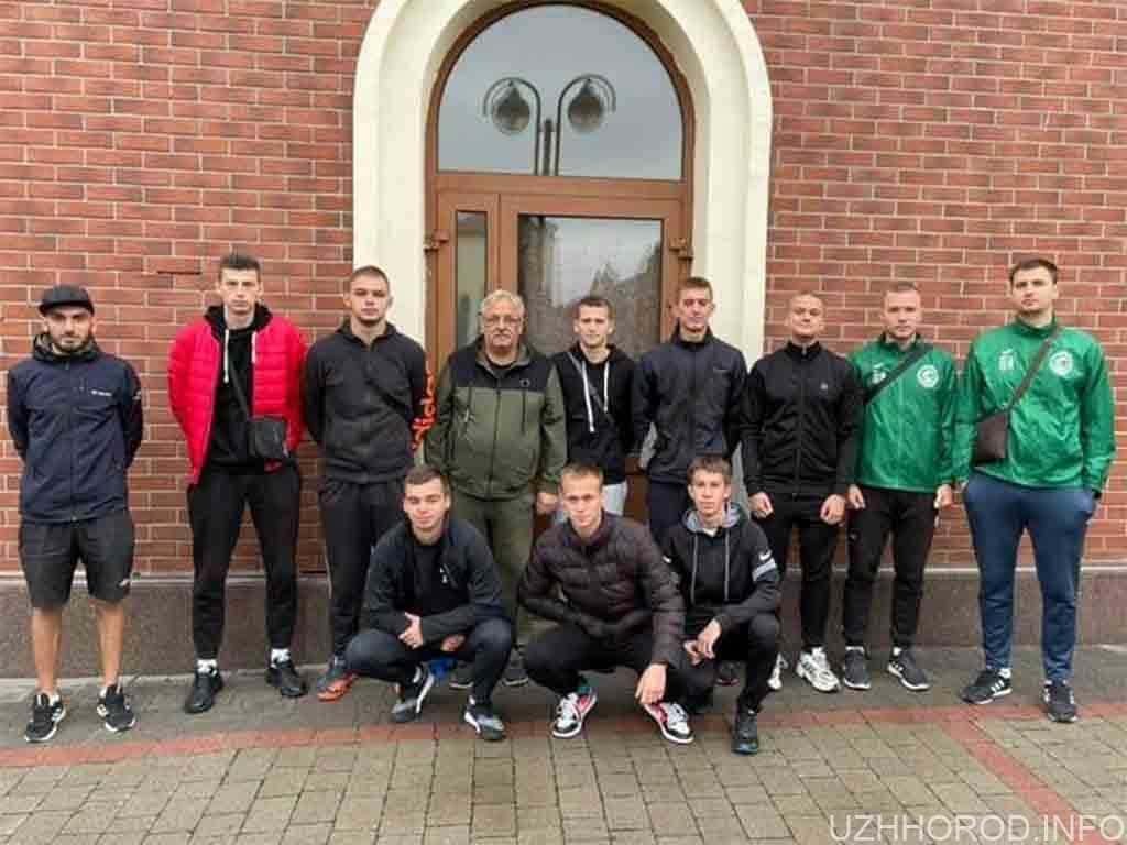 Ужгородські гандболісти фото